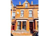 NICE DOUBLE ROOMS TO LET NEAR TESCO LISBURN ROAD