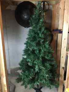 Christmas Tree (Unlit)