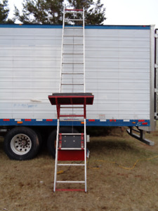 ELECTRIC POWERED LADDER LIFT