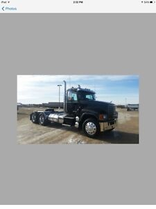 For Sale 2011 MackCH613 Day Cab