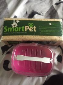 Hamster/ small pet carrier and wood shavings
