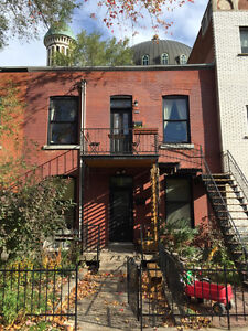 Charming semi-furnished 5 ½ in the heart of Mile-End