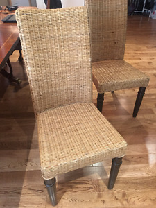 6 Dining Room Wicker Chairs