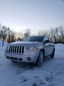 !!NEGO!! JEEP COMPASS  !!NEGOTIABLE!!!