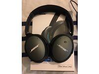 Bose acoustic noise cancelling headphones mint condition