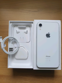 iPhone XR White 128gb Unlocked Apple Like New Condition 3 Months Warranty