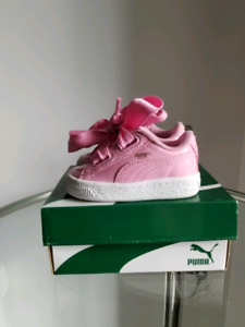 Baby pumas size 4