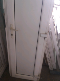 DOOR UPVC.