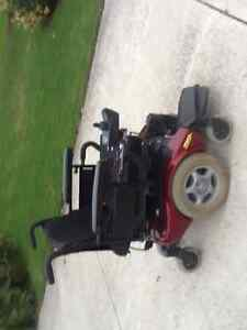 Invacare mobility power chair. Like new London Ontario image 2