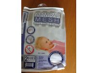 Airwrap mesh for cot