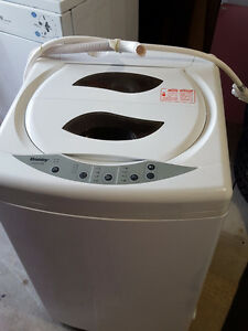 Apartment Size Washer and Dryer - Excellent Condition