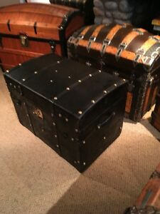 Antique coffre malle trunk 1850's leather brass studded West Island Greater Montréal image 5