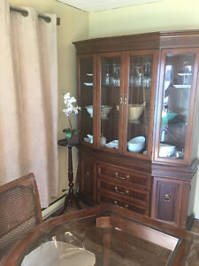 DINING table & chairs & matching hutch/buffet