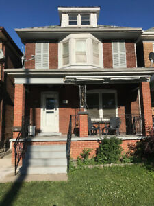 3+ bedroom, 2.5 storey house, Ottawa St South