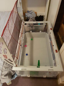 large living world cage !! Almost brand new