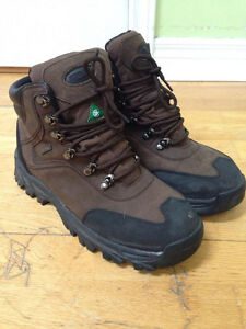 Timberline by Kodiak Mens Work Boots - CSA approved
