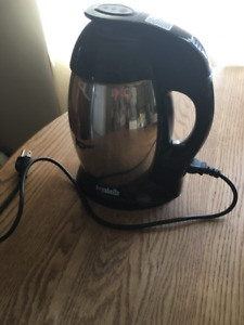 """""""Soyabella"""" soy milk and nut milk maker and coffee grinder"""