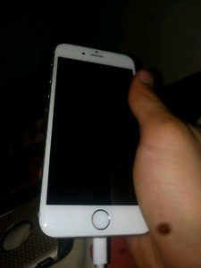 IPHONE 6 LOCKED TO BELL 64 GB VERY GOOD CONDITION