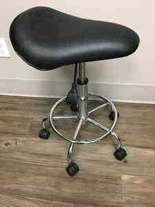 SADDLE SEAT SPA STOOL