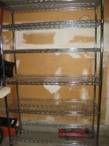 Heavy duty wire shelves