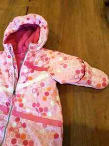 Baby girl. 0-9 months old snow suit Gatineau Ottawa / Gatineau Area image 4