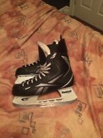 Reebok 5k skates Size 10 almost new