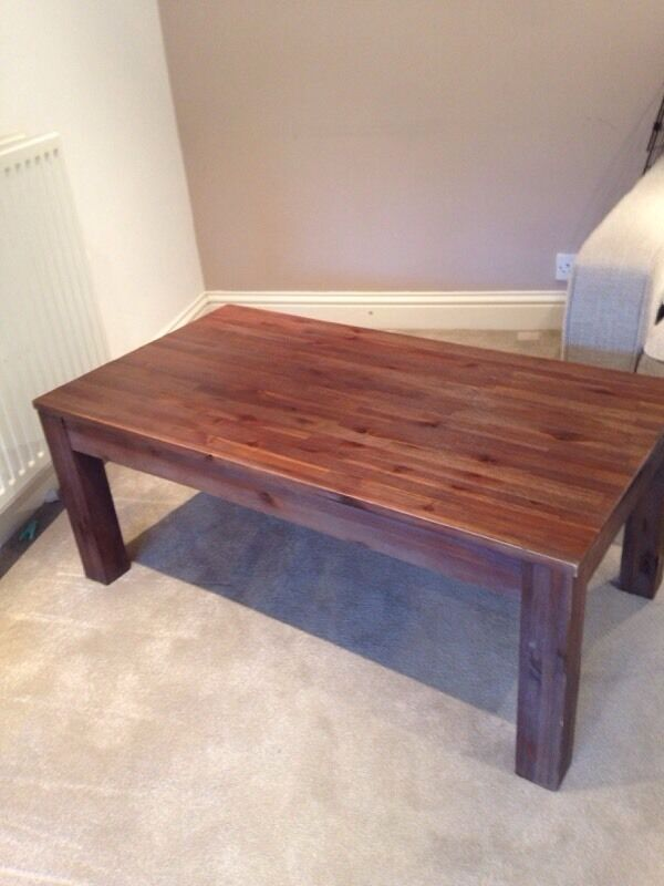 Solid wooden coffee table in cirencester for Coffee tables gumtree