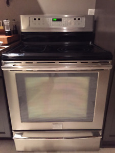 Frigidaire Professional Series Stainless Steel Oven