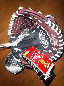 Child's Baseball Glove - NEW - Rawlings Campbell River Comox Valley Area image 1