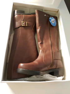 Women's brand new leather boots (fall & winter) - size 6