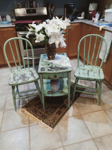 Refurbished Patio / Porch Table and Chairs