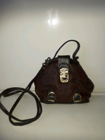 BROWN LEATHER HANDBAG/SHOULDER BAG