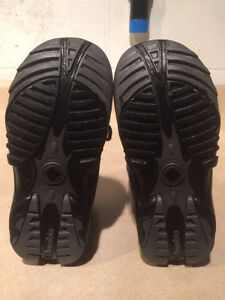 Youth Columbia Waterproof Winter Boots Size 1 London Ontario image 4