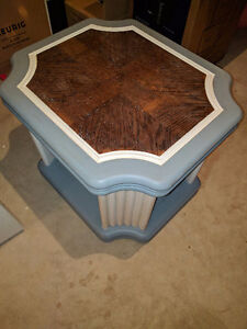 Beautifully refinished solid oak side table