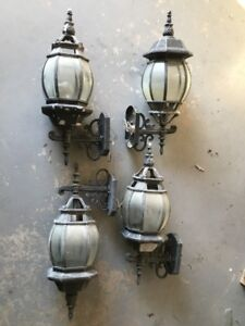 OUTDOOR COACH LIGHTS FOR SALE
