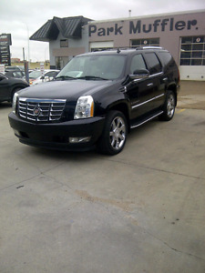 Escalade ,or Sububan Moulded Floor Mats Make an Offer