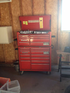 Snap-on tool chest full of tools!