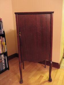 Cabinet, Music Vintage