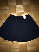 Forever 21 black mini skirt, Size S NEW with tag!