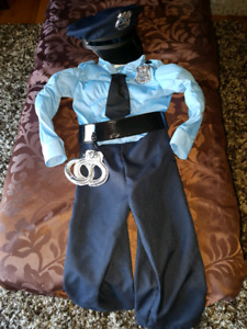 Boys police costume size 4 perfect condition