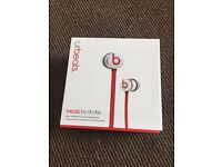 UR BEATS BY DRE - white red BRAND NEW NEVER BEEN USED 100% GENUINE