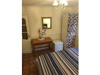 Spacious Double Bedroom in Twickenham