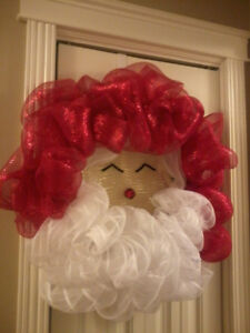 Santa Claus Christmas Wreath