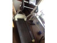 Reebok treadmill for quick sale (ONO).