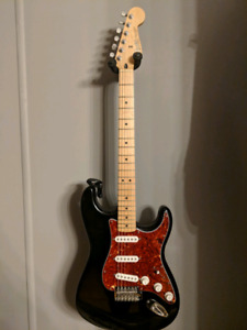 2006 Mexican Fender Stratocaster / with upgrades