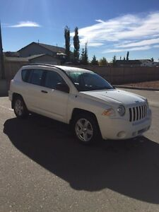 Selling White 2010 Jeep Compass