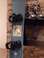 Planche et bottes de snowboard