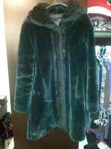 Large (12-14) to XL. Faux Fur Coat