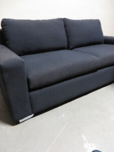 ~~~Used Sofa In Excellent Condition