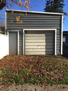 Dry, secure GARAGE FOR RENT